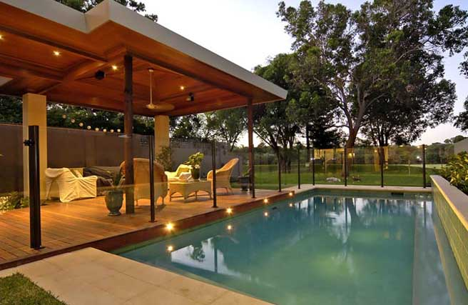 Home Semi-Frameless Glass Pool Fencing