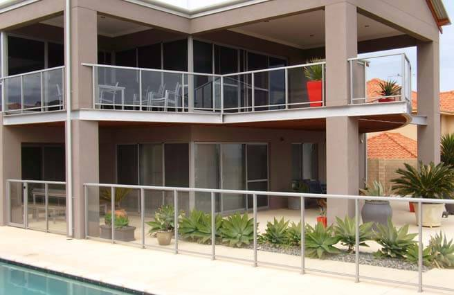 Modern Home Framed Glass Pool Fencing
